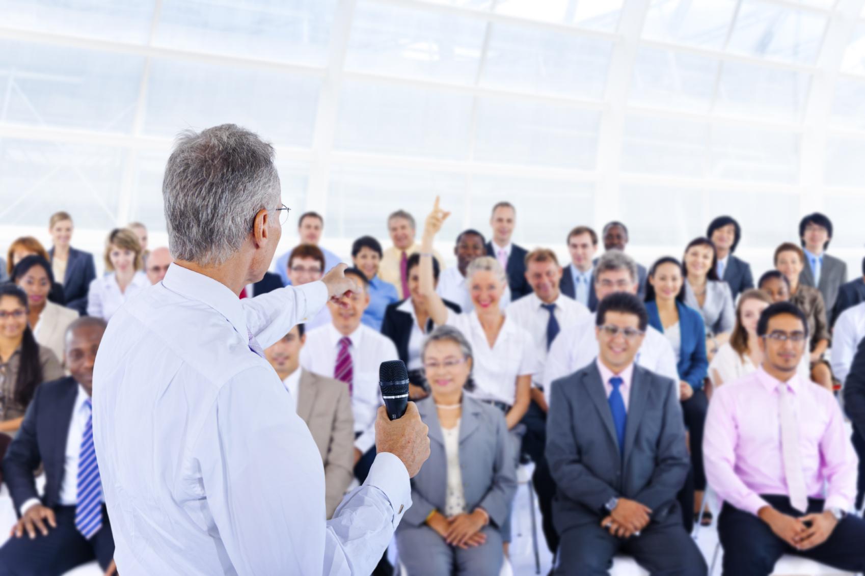 Managing Founder Succession